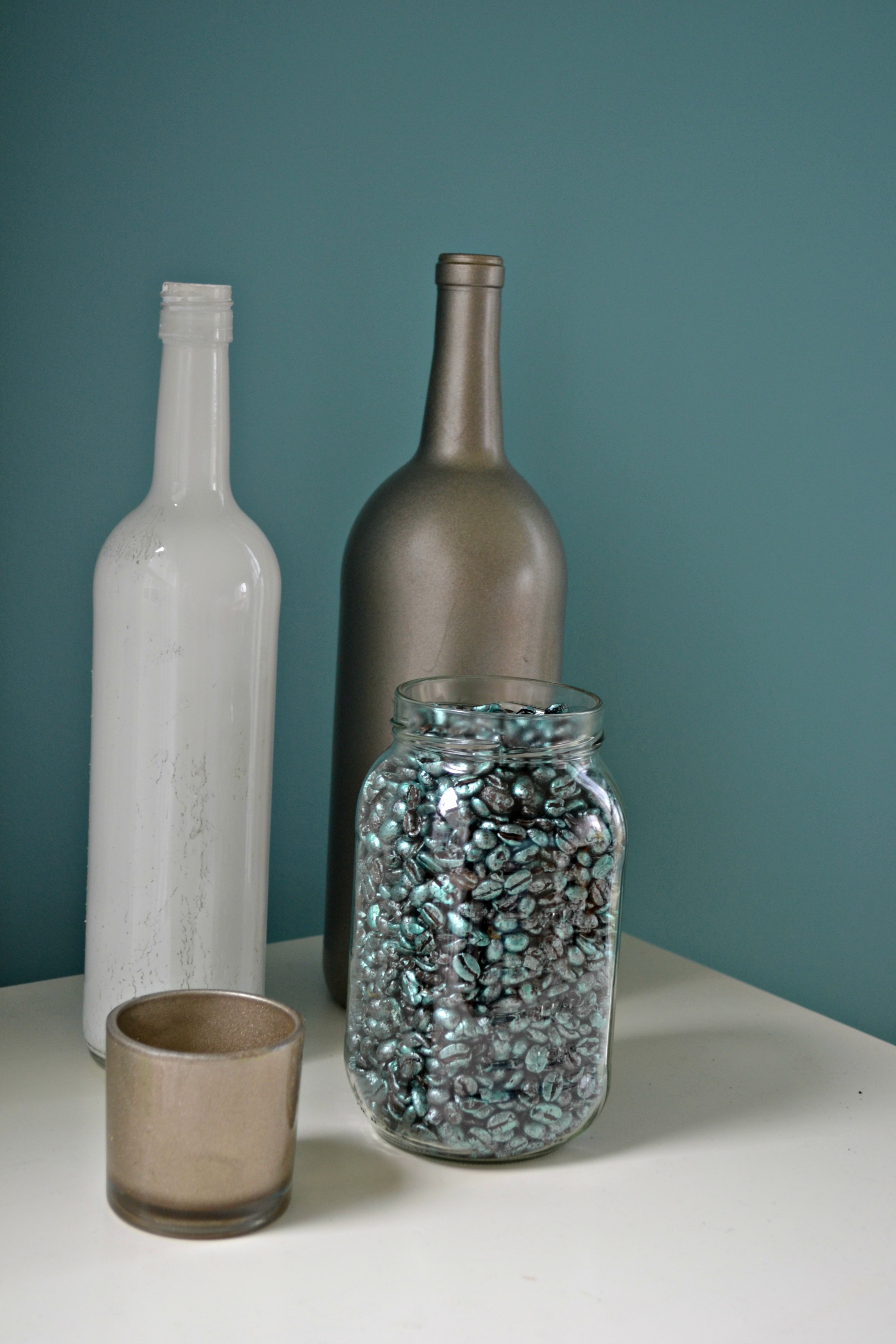 Vase filler this grateful mama use beans to fill a mason jar and group with other glass accents reviewsmspy