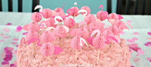 DIY Pink Flamingo Birthday Party Decorations and Free Printable Templates | thisgratefulmama.com